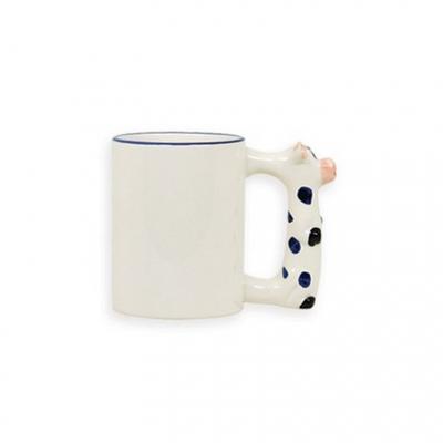 Кружка белая с  коровой на ручке под сублимацию.